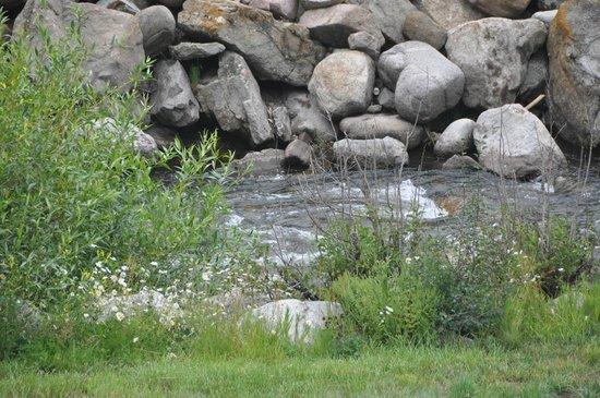 Marriott's StreamSide Birch at Vail: stream