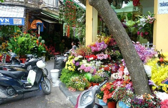 Hanoi Boutique Hotel 2: Pleasant walks close to the hotel