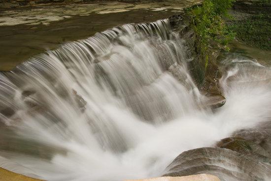 Stony Brook State Park: waterfalls at stony Brook