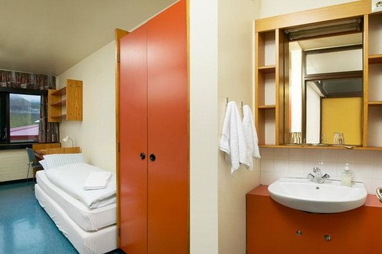 Edda Hotel Isafjordur: Single Room with wash basin