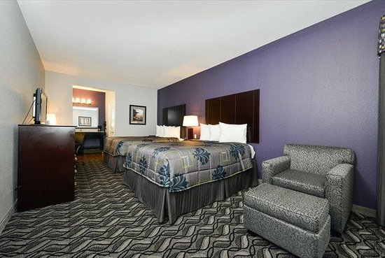 Belmont Inn and Suites : Belmont Innand Suites Tatum TXBeds