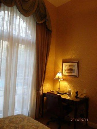 Ayres Hotel Manhattan Beach / Hawthorne: inside room