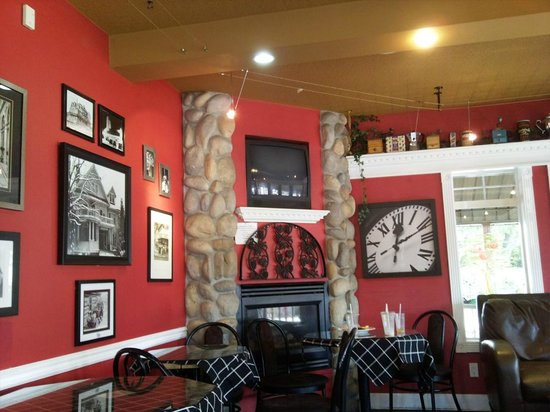 Bean To Cup Coffee House : view from my table...