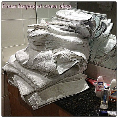 Crowne Plaza Newcastle: dumped towels all over the place