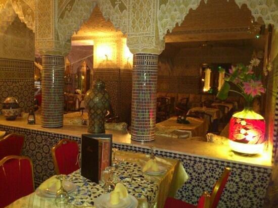 Palais des Oiseaux: restaurant marocaine! tres jollie
