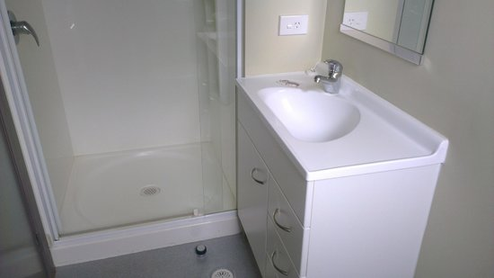 Southern Cross Serviced Apartments: Sink