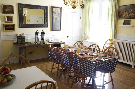 Alden House Inn : Breakfast room