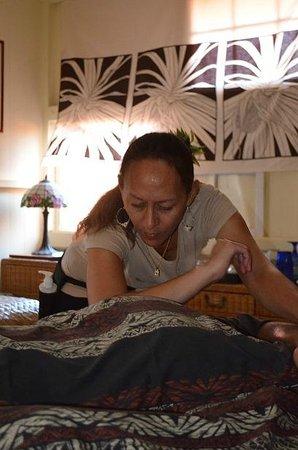 Cami Chartrand LMT: Therapeutic