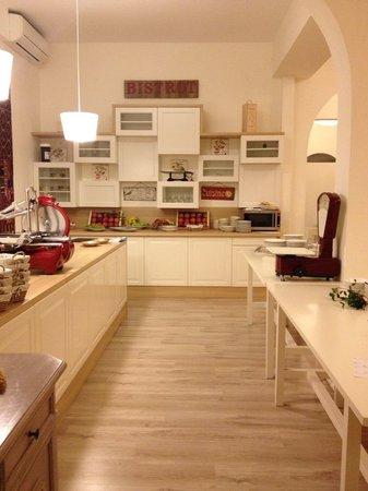 Hotel Saraceno : Ristorante hotel 4 stelle milano marittima all inclusive, buona cucina romagnola, hotel  familia