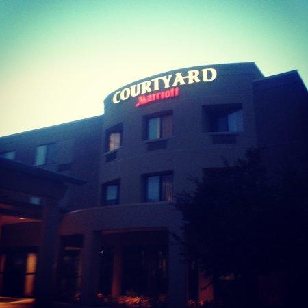 Courtyard Harrisburg West/Mechanicsburg: Main entrance