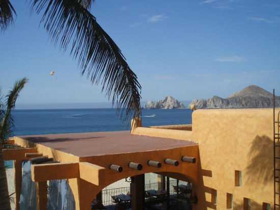 Hotel Riu Palace Cabo San Lucas: View from our private full ocean suite balcony
