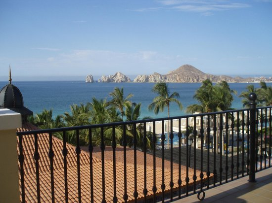 Hotel Riu Palace Cabo San Lucas: View from Piano bar, Ocean viewing