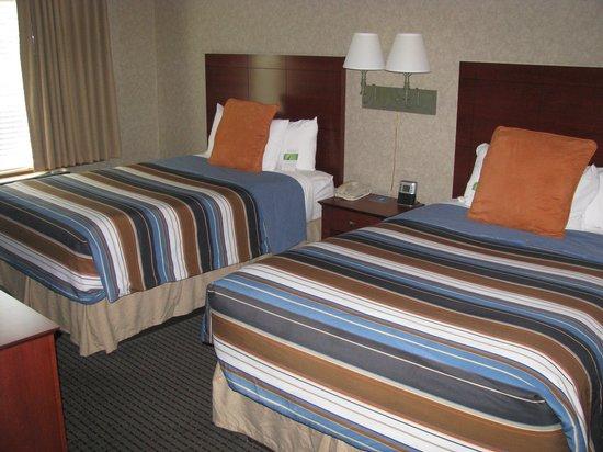 HYATT house Charlotte Airport: bedroom