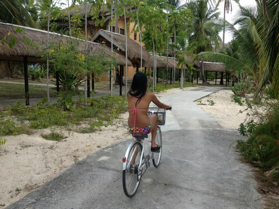 Dos Palmas Island Resort & Spa: Bike around the island