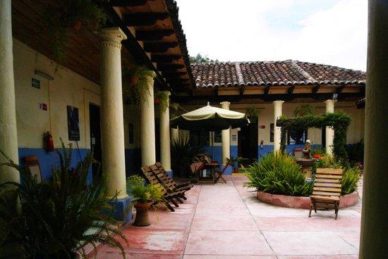 Hostal La Casa de Paco: Desde la entrada