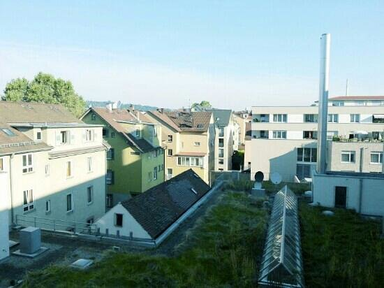 attimo Hotel Stuttgart : Innenhof / courtyard