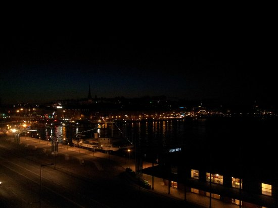 Stockholm at night from Fjällgatan
