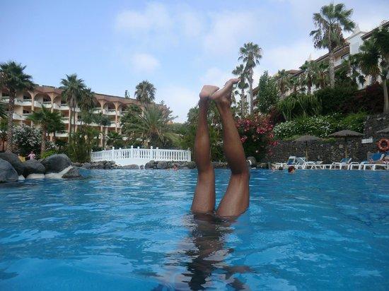 Hotel Puerto Palace: Piscina grande climatizada