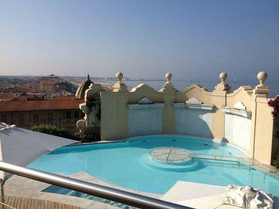 Grand Hotel Principe di Piemonte: Piscina Quinto Piano