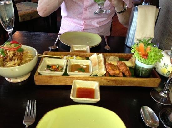 Malagor Fine Thai Cuisine: starter platter