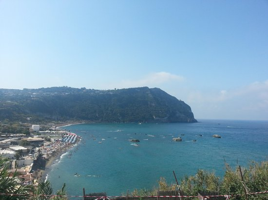 Hotel  Cava dell'isola: the view from the room