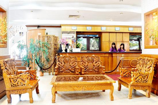 Excel Treasure Hotel: Reception
