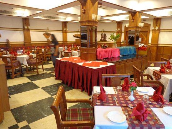 Quality Airport Hotel: Restaurant