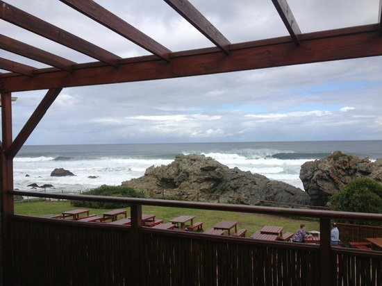 Singing Kettle Beach Lodge & Restaurant: view from spacious  balcony