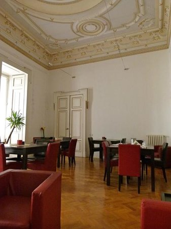 Spaccanapoli Comfort Suites : Frühstücksraum