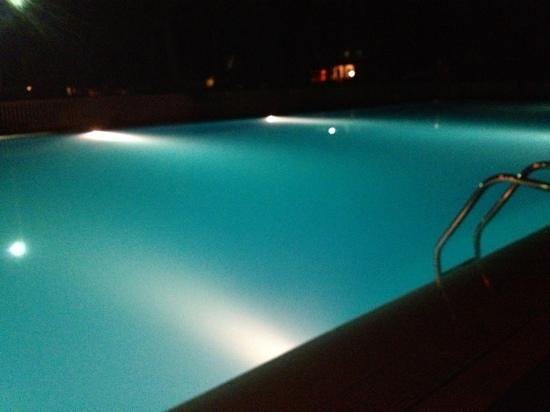 Camping Santa Maria di Leuca: piscina il centro di tutto