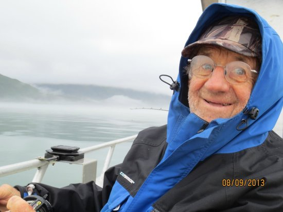 Kodiak Adventures Lodge - Larry Carroll: warm and dry on the boat