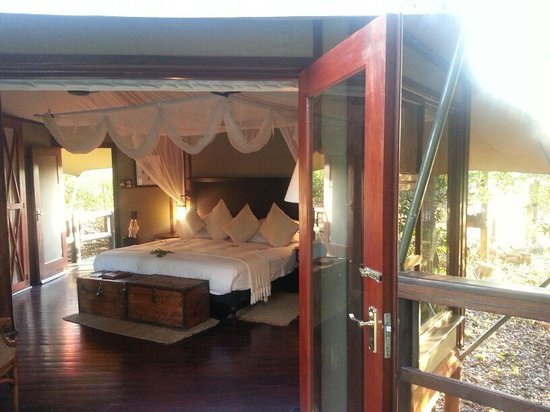 Hamiltons Tented Safari Camp: Photo by Character Stays