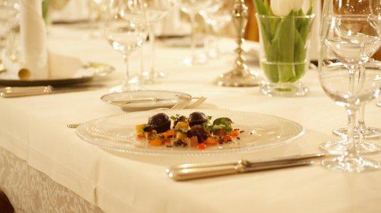 "Gourmetrestaurant Kupferstube im Tennerhof Gourmet & Spa de Charme Hotel: Gourmet-Restaurant ""Kupferstube"""