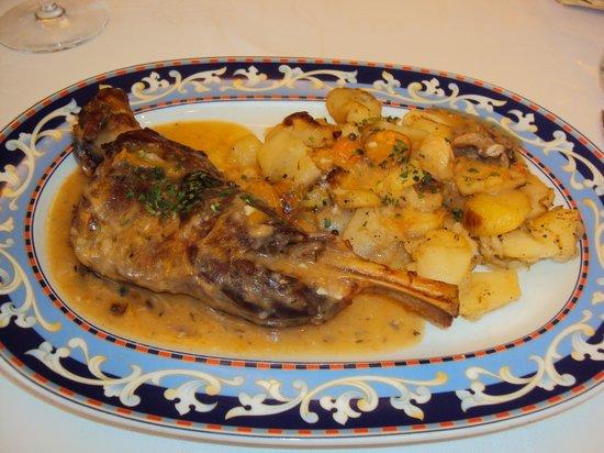 Restaurante Florida: paletilla al horno con patatas