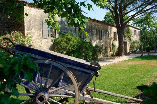La Bégude Saint Pierre : Jardins de L'hôtel