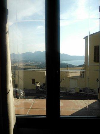 Hotel Chez Charles : Blick von Zimmer 204