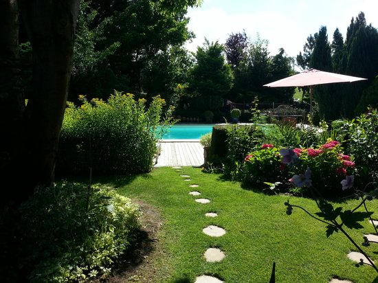Chez Nous Hôtes : Il fait beau, meme en Normandie