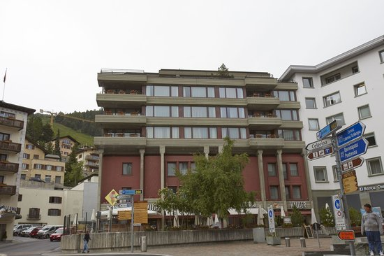 Hauser Hotel St. Moritz front view