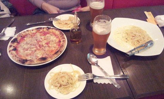 Pico Enoshima : Spaghetti & Pizza