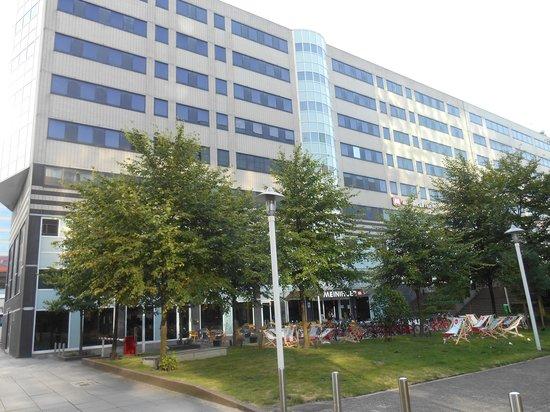 MEININGER Hotel Amsterdam City West: Vordere Fassadenansicht