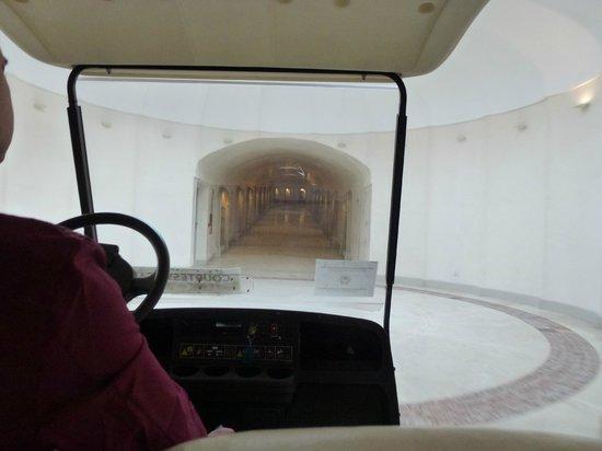 Conca Park Hotel: Entrance tunnel
