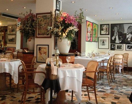 Cafe Montpeliano: Garden atmosphere