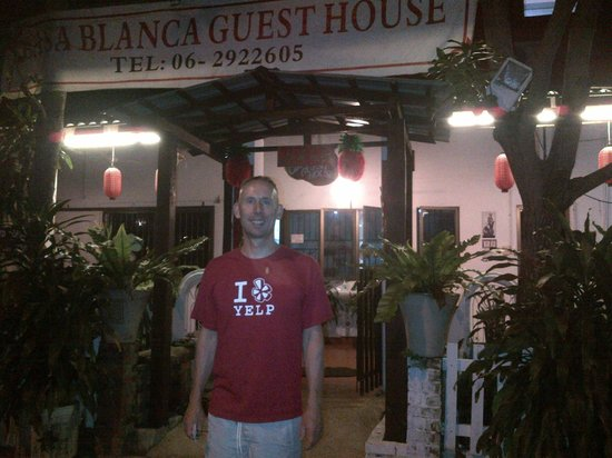 Casa Blanca Guest House: At the entrance