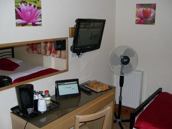 Malago Bed & Breakfast: Zimmer