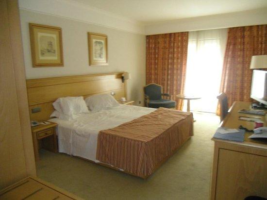 Hotel Real Palacio: HABITACION