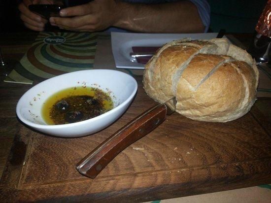 Shaka : amazing bread presentation...