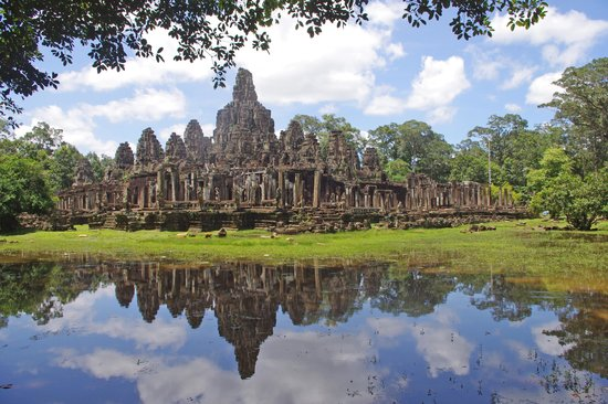 Royal Angkor Resort & Spa: Beautiful reflections