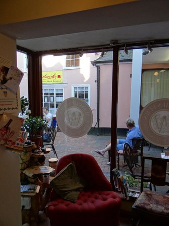 Winchester's Wine Bar: View from inside