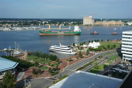 Norfolk Waterside Marriott: view from room