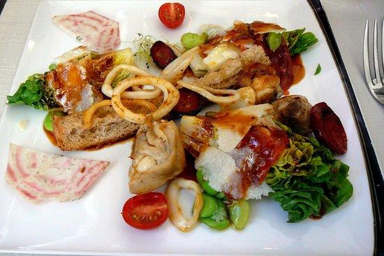 Les Caudalies : Sucrine, fricassée de lapin, calamar et chorizo